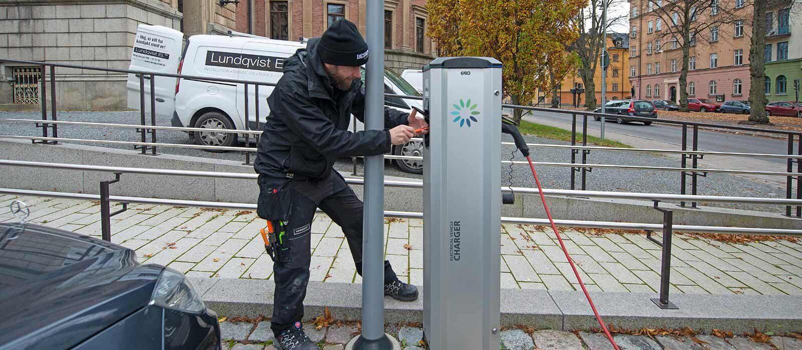 Installation av laddstolpe för elbil